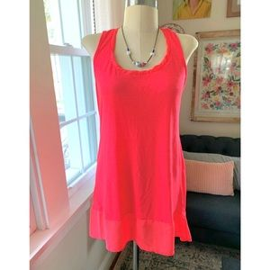 🆕 Listing! Bright Sleeveless Tunic